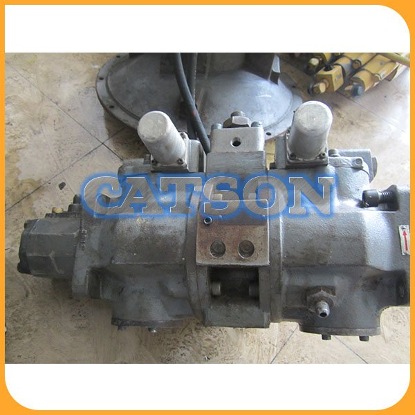 HITACHI EX60-1 Hydraulic main pump assy 4